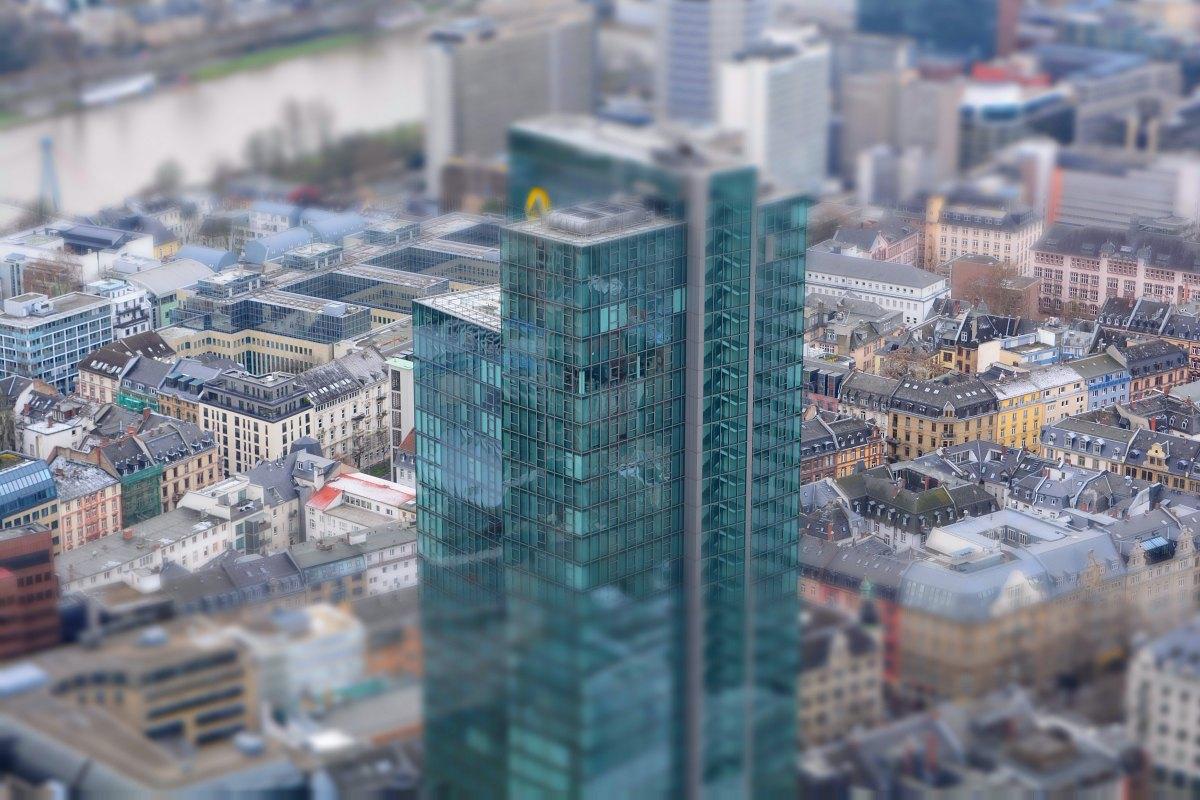 Frankfurt aus der Metaperspektive