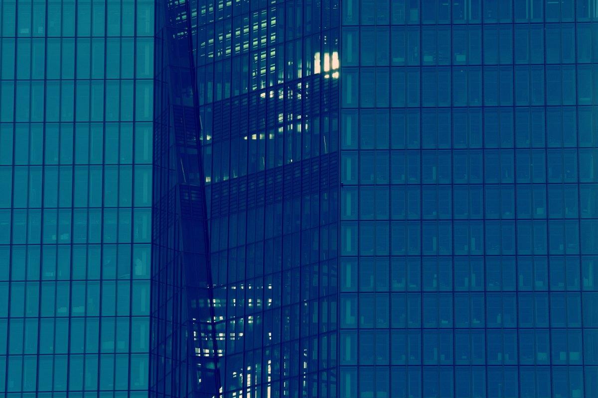 Frankfurt Hochhaus Glasfassade